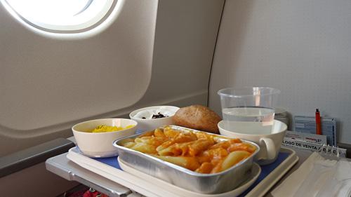 Comida en clase turista de Air Europa